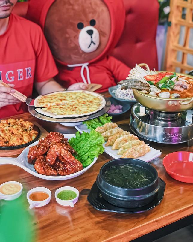 """Hẹn hò Sài Gòn: Thực đơn ngập phô mai thơm béo hay gạo lứt """"healthy""""?  ảnh 1"""