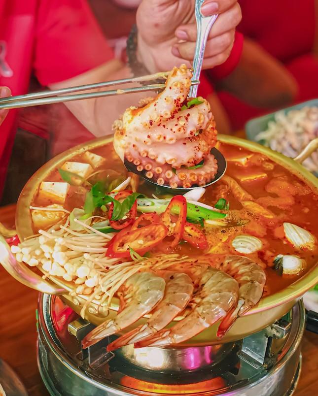 """Hẹn hò Sài Gòn: Thực đơn ngập phô mai thơm béo hay gạo lứt """"healthy""""?  ảnh 4"""