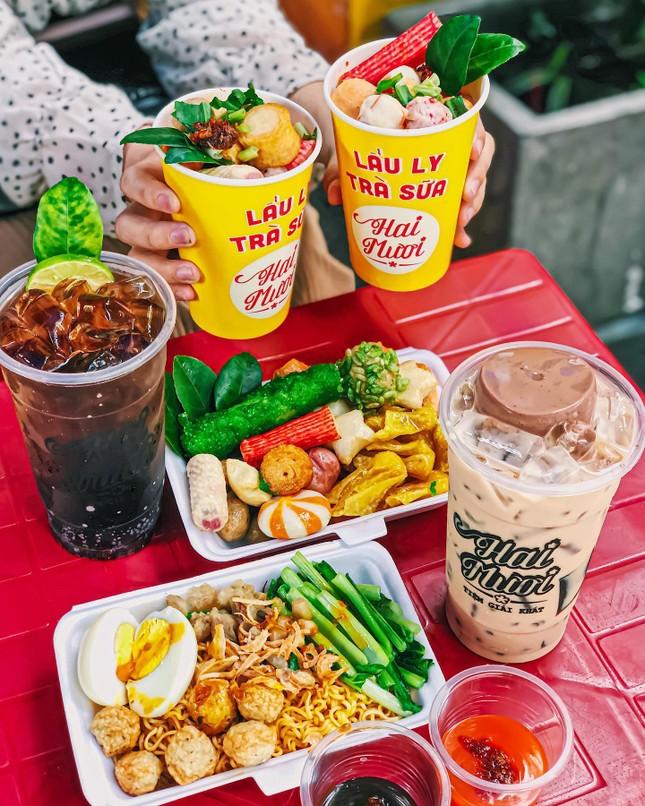 Sài Gòn trở lạnh, cùng gõ cửa thế giới xiên que và gà nướng phô mai ngon quên lối về ảnh 4