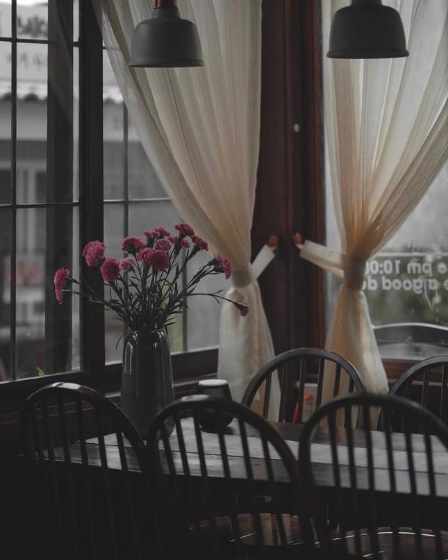 """Những tiệm cà phê décor theo style Hàn Quốc bạn không thể """"ngó lơ"""" khi dừng chân ở Đà Lạt ảnh 9"""