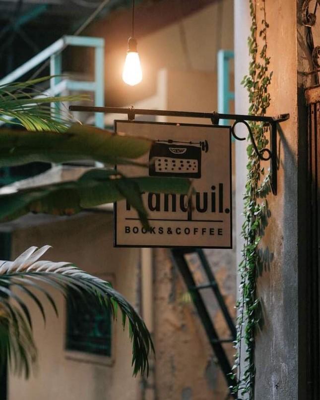 """Tận hưởng không khí cuối năm thật """"chất"""" tại Top 3 quán cà phê nghệ thuật xịn sò ảnh 8"""