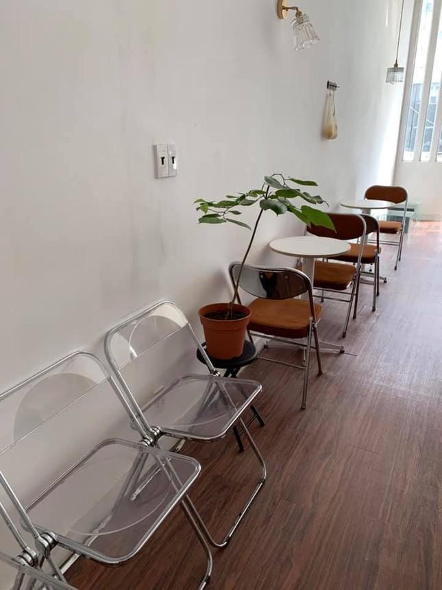 """Những quán cà phê phong cách tối giản, không gian """"sống ảo"""" vừa đẹp vừa sang ảnh 4"""