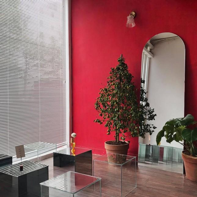 """Những quán cà phê phong cách tối giản, không gian """"sống ảo"""" vừa đẹp vừa sang ảnh 6"""