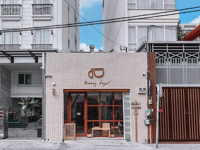 Hẹn hò cuối tuần: Xoa dịu tâm hồn với những quán cà phê có view chất lừ và thơ mộng ảnh 6