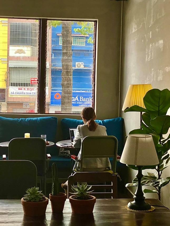 Hẹn hò cuối tuần: Xoa dịu tâm hồn với những quán cà phê có view chất lừ và thơ mộng ảnh 3