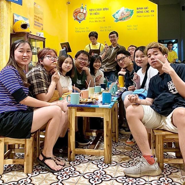 """Khám phá những hàng quán quà vặt chuẩn vị Hà Nội """"ăn bao nghiền"""" tại Sài Gòn ảnh 7"""