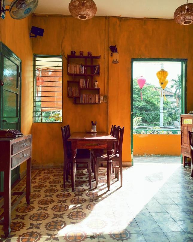 """Điểm mặt những quán ăn miền Trung khiến teen Sài Gòn """"cảm nắng"""" ảnh 5"""
