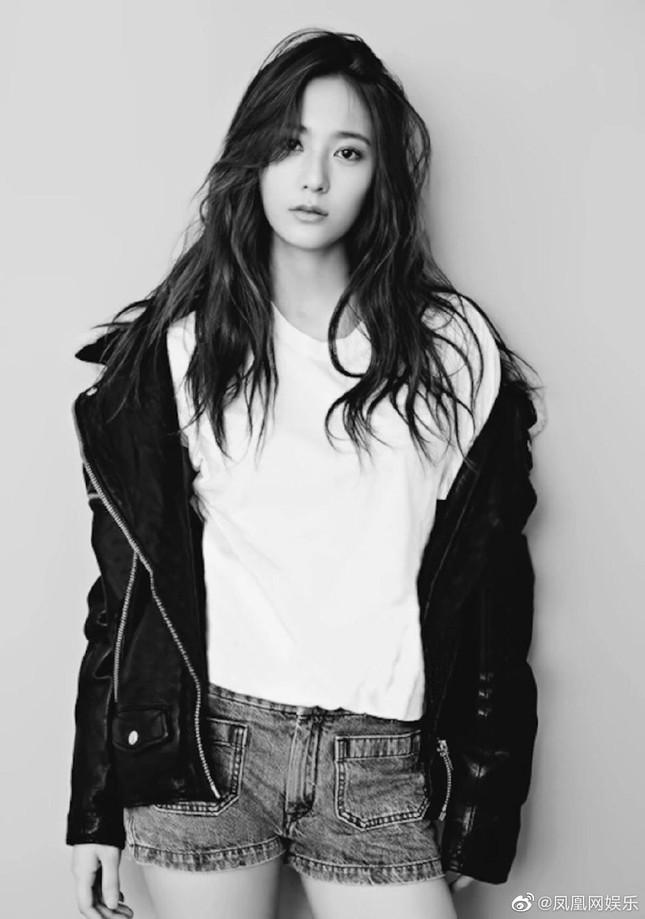 """Sau Victoria, Krystal - thành viên cuối cùng của f(x) ở SM cũng """"dứt áo ra đi"""" ảnh 5"""