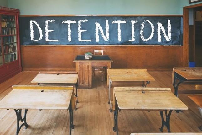 """Từ 1/11 bỏ hình phạt """"bêu riếu"""" trước lớp: Đã đến lúc xóa sổ cách phạt đánh vào danh dự! ảnh 1"""