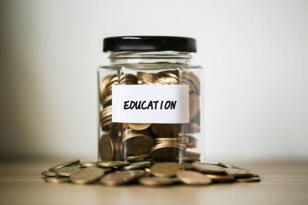 Các trường đại học công lập TP.HCM công bố mức học phí, cao nhất là Đại học Y Dược ảnh 1