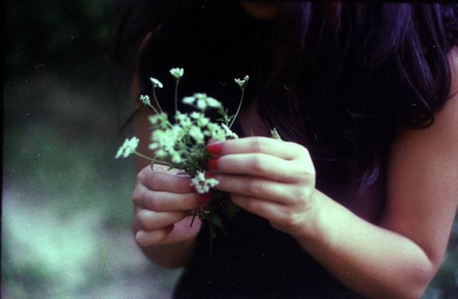 Cuộc thi viết Trà sữa cho tâm hồn: Hạnh phúc là được nắm lấy bàn tay mùa Xuân ảnh 2