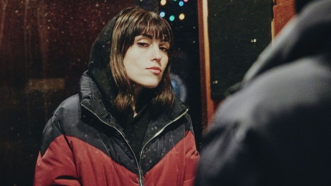 Trong thế giới fangirl: Sasha Sloan và âm nhạc của cô như ánh Trăng dịu dàng ảnh 1