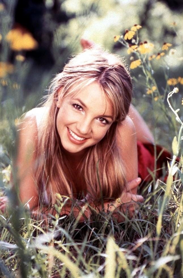 Trong thế giới fangirl: Đối với mình, Britney Spears mãi mãi là một nàng công chúa! ảnh 1