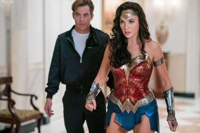 Wonder Woman 1984: Chị Đẹp nay có kẻ thù mới, vũ khí mới, nhưng vẫn bạn trai cũ ảnh 5
