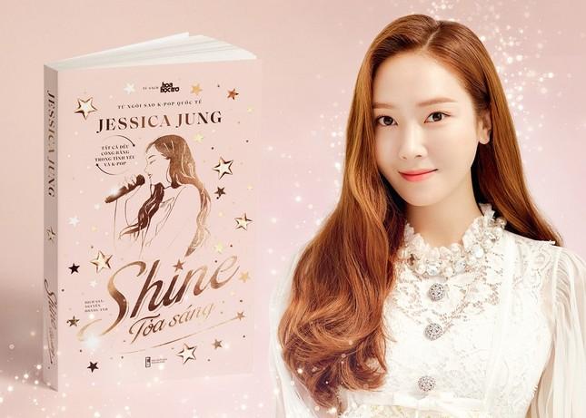 """""""Shine"""" của Jessica Jung: Hàn hoãn ngày phát hành, Thái đổi bìa, Việt Nam vẫn hẹn 30/9 ảnh 3"""