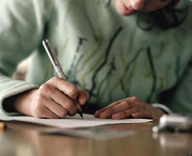 Bạn đọc sáng tác: Gửi đến chàng trai trong thư viện, người ngồi phía trước em ảnh 3