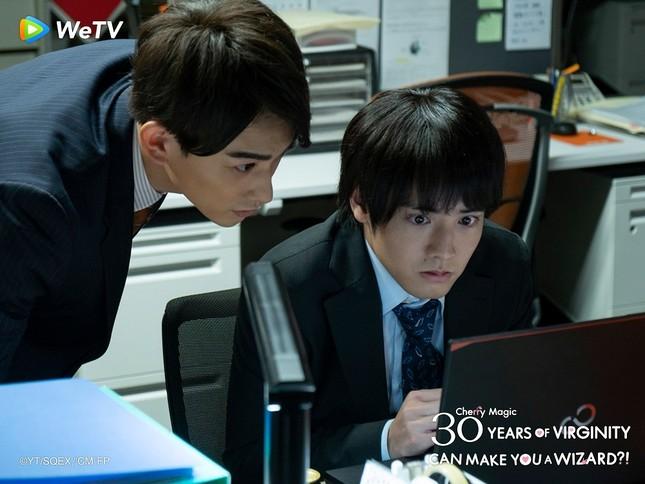 """Akaso Eiji của """"30 Tuổi Còn Zin"""": Thành công nhờ thực lực chứ không chỉ ngoại hình ảnh 15"""