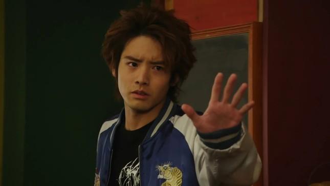 """Akaso Eiji của """"30 Tuổi Còn Zin"""": Thành công nhờ thực lực chứ không chỉ ngoại hình ảnh 7"""