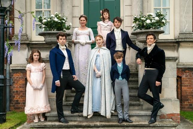 """Chân dung gia đình thượng lưu """"Bridgerton"""" của Netflix: Trai thì xinh, gái thì đẹp! ảnh 2"""