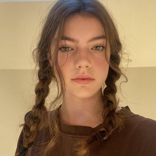 """Chân dung gia đình thượng lưu """"Bridgerton"""" của Netflix: Trai thì xinh, gái thì đẹp! ảnh 36"""