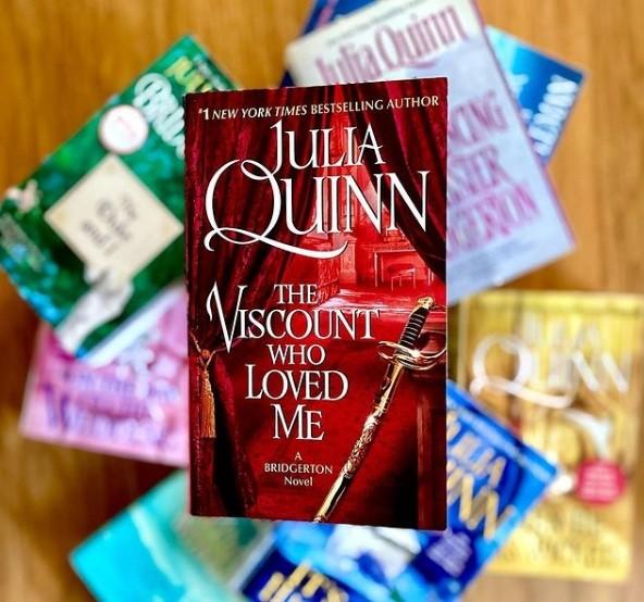 """Mê mẩn """"Bridgerton"""" của Netflix, không thể bỏ qua bộ tiểu thuyết lãng mạn của Julia Quinn ảnh 6"""