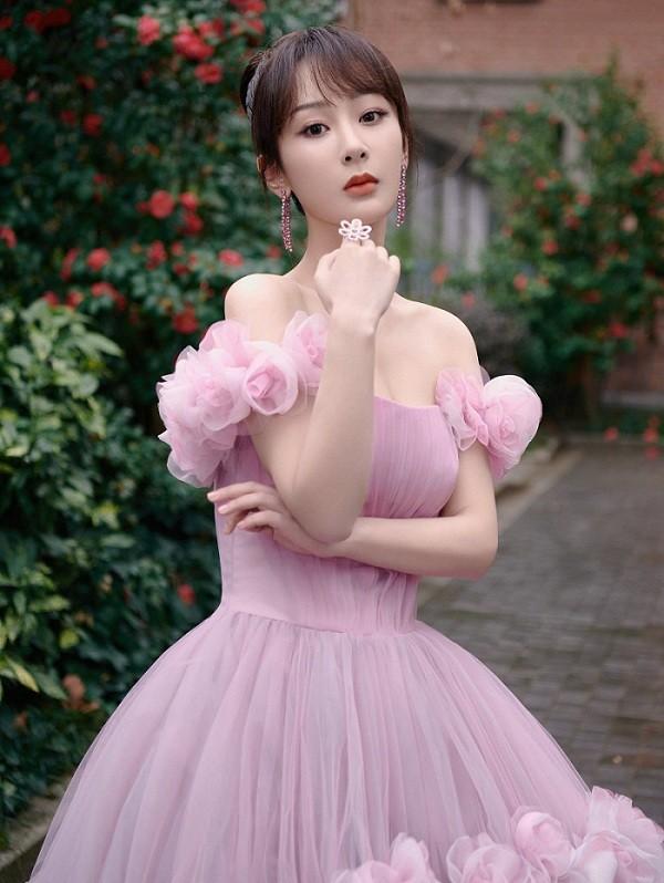 """Những """"công chúa nhỏ"""" của showbiz Hoa ngữ dậy thì thành công: Dương Tử gây bất ngờ nhất! ảnh 3"""