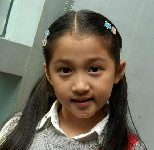 """Những """"công chúa nhỏ"""" của showbiz Hoa ngữ dậy thì thành công: Dương Tử gây bất ngờ nhất! ảnh 4"""