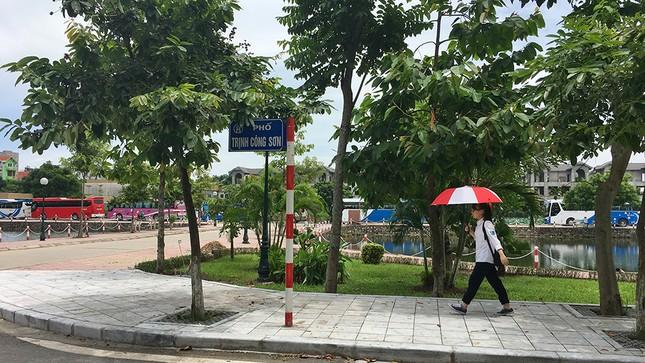 Phố Trịnh Công Sơn sau lùm xùm dân phản đối không gian đi bộ ảnh 9