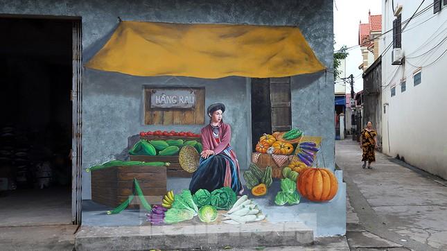 Mãn nhãn với làng bích họa siêu thực ngay tại Hà Nội ảnh 4
