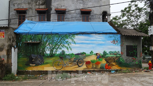 Mãn nhãn với làng bích họa siêu thực ngay tại Hà Nội ảnh 8