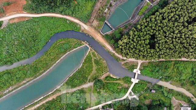 Toàn cảnh nhà máy nước sông Đà, nơi nguồn nước sạch cho Thủ đô đang bị đe dọa ảnh 4