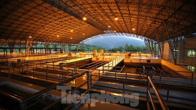 Toàn cảnh nhà máy nước sông Đà, nơi nguồn nước sạch cho Thủ đô đang bị đe dọa ảnh 13