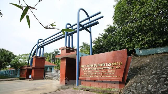 Toàn cảnh nhà máy nước sông Đà, nơi nguồn nước sạch cho Thủ đô đang bị đe dọa ảnh 15