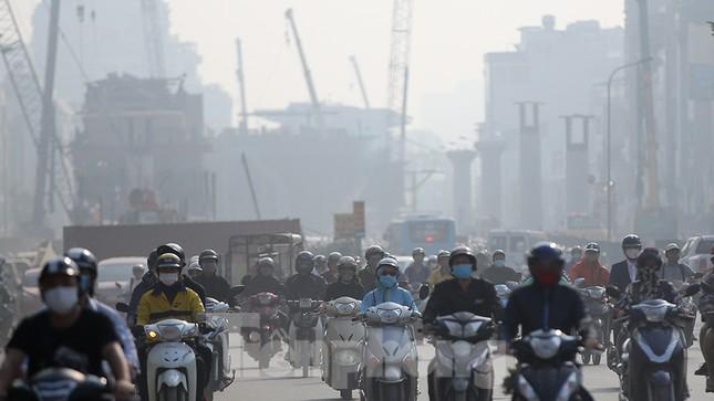 Hà Nội lại chìm trong ô nhiễm, khuyến cáo người dân hạn chế ra đường ảnh 7