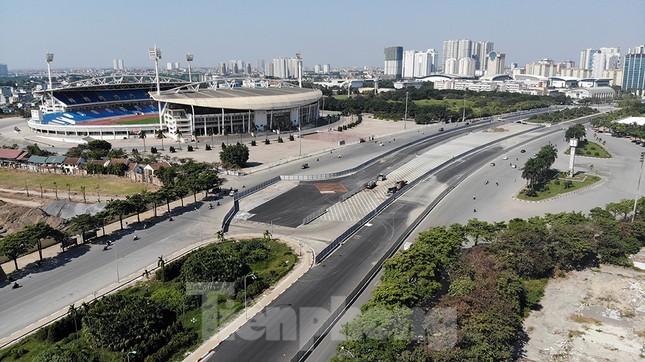 Bay trên đường đua F1 đang thành hình ở Hà Nội ảnh 4