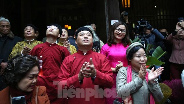 Rộn ràng lễ dựng Cây Nêu ở phố cổ Hà Nội ảnh 16