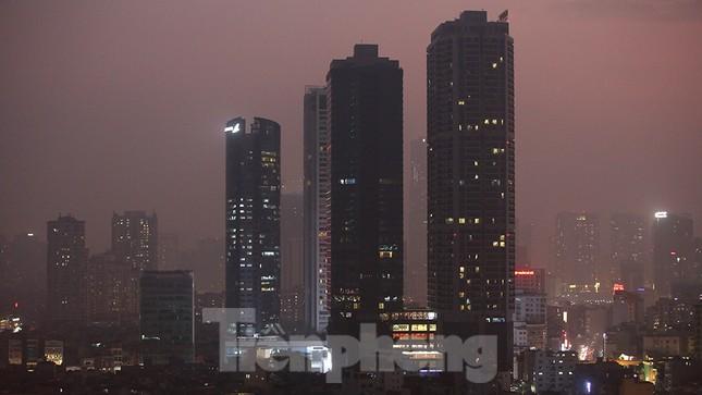 Mưa phùn phủ khắp Hà Nội ngày 27 Tết ảnh 12