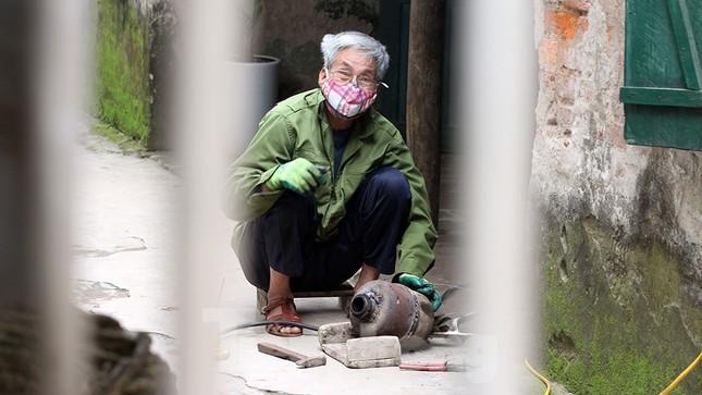 Cuộc sống trong thôn Hạ Lôi sau hơn mười ngày 'cấm cung' vì COVID-19 ảnh 1