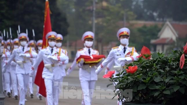 Lễ thượng cờ đặc biệt mừng chiến thắng 30/4 tại Quảng trường Ba Đình ảnh 4
