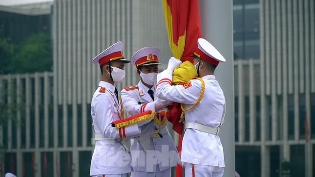 Lễ thượng cờ đặc biệt mừng chiến thắng 30/4 tại Quảng trường Ba Đình ảnh 9