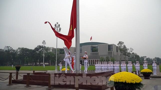 Lễ thượng cờ đặc biệt mừng chiến thắng 30/4 tại Quảng trường Ba Đình ảnh 10
