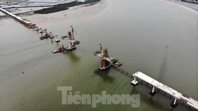 Khám phá cầu đường bộ dài nhất miền Trung nối Nghệ An và Hà Tĩnh ảnh 2