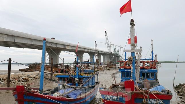 Khám phá cầu đường bộ dài nhất miền Trung nối Nghệ An và Hà Tĩnh ảnh 6