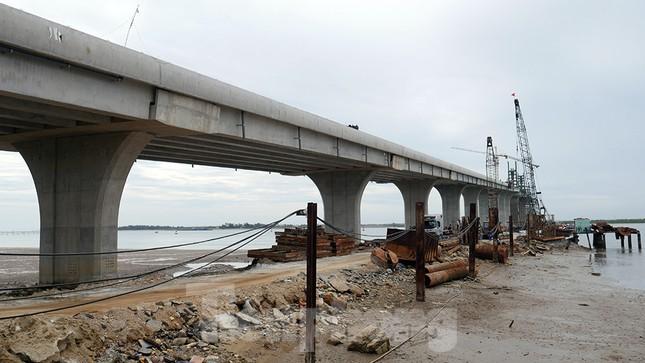 Khám phá cầu đường bộ dài nhất miền Trung nối Nghệ An và Hà Tĩnh ảnh 15