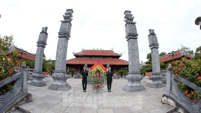 Thành kính dâng hương tại khu di tích quốc gia đặc biệt Truông Bồn ảnh 2