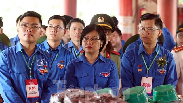 Thành kính dâng hương tại khu di tích quốc gia đặc biệt Truông Bồn ảnh 6