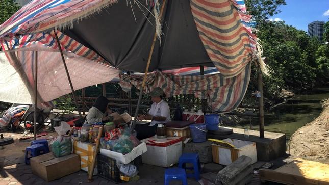 Nền nhiệt duy trì 40 độ, đường phố Hà Nội xuất hiện ảo ảnh ảnh 10