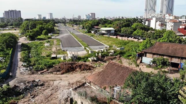 Nhìn gần con đường 'nghìn tỷ' ở trung tâm Hà Nội sau hai năm làm được vài trăm mét ảnh 5