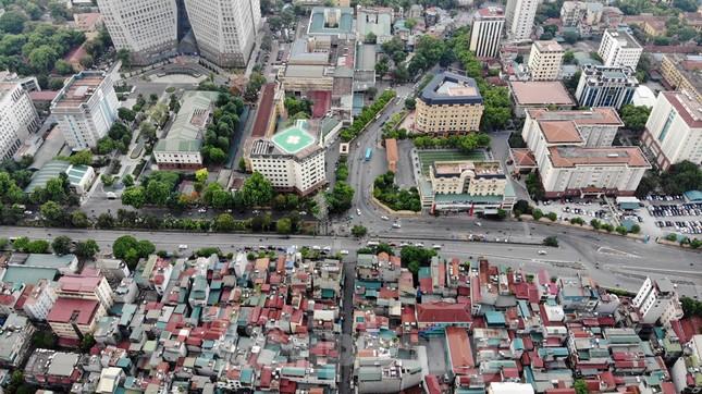Cận cảnh nơi dự kiến xây dựng cầu Trần Hưng Đạo nối quận Long Biên - Hoàn Kiếm ảnh 4