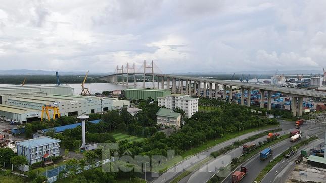 Ngắm cây cầu được ví là đòn bẩy phát triển kinh tế Quảng Ninh ảnh 2